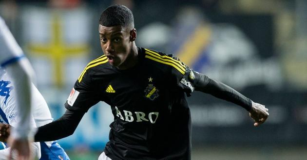 Uppgifter: AIK och Liverpool i hemligt möte om Alexander Isak